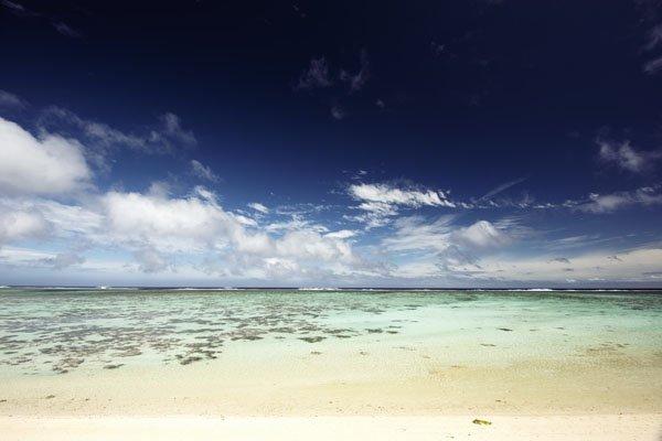IslandAwe - Rarotonga lagoon