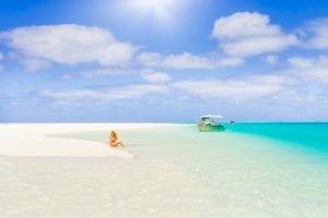 IslandAwe - Aitutaki or Bora Bora