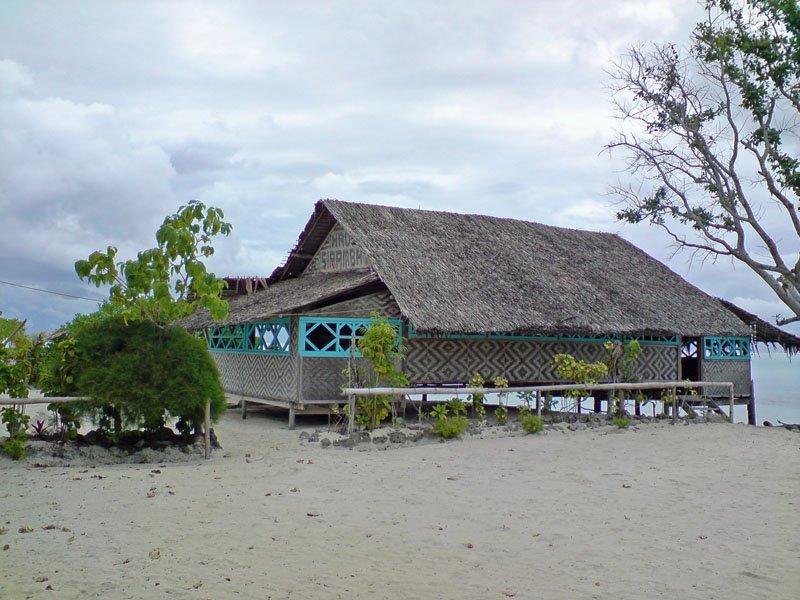 IslandAwe Papua New Guinea New Hanover Tsoilik