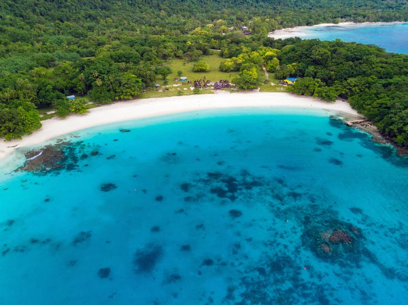 IslandAwe Vanuatu Espiritu Santo Champagne Beach